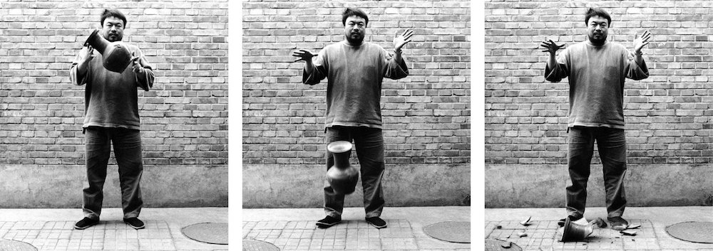 Dropping a Han Dynasty Urn, 1995. 3 black and white prints, each 148 x 121 cm © Ai Weiwei