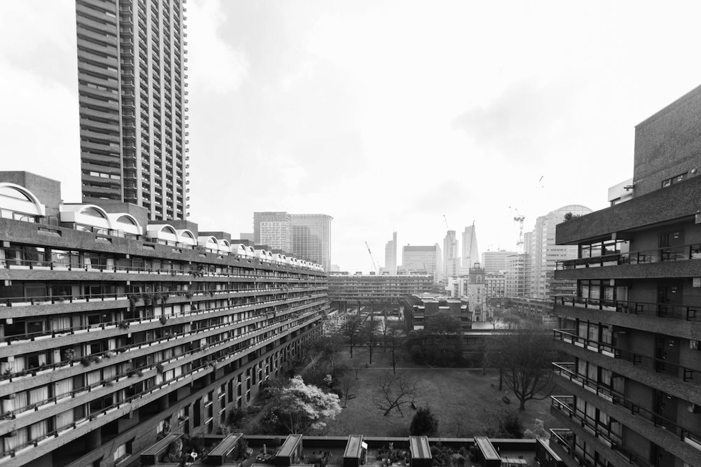 Residents: Inside the Iconic Barbican Estate © Anton Rodriguez