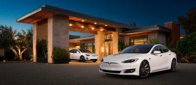 Tesla Model S photo © Alexis Georgeson
