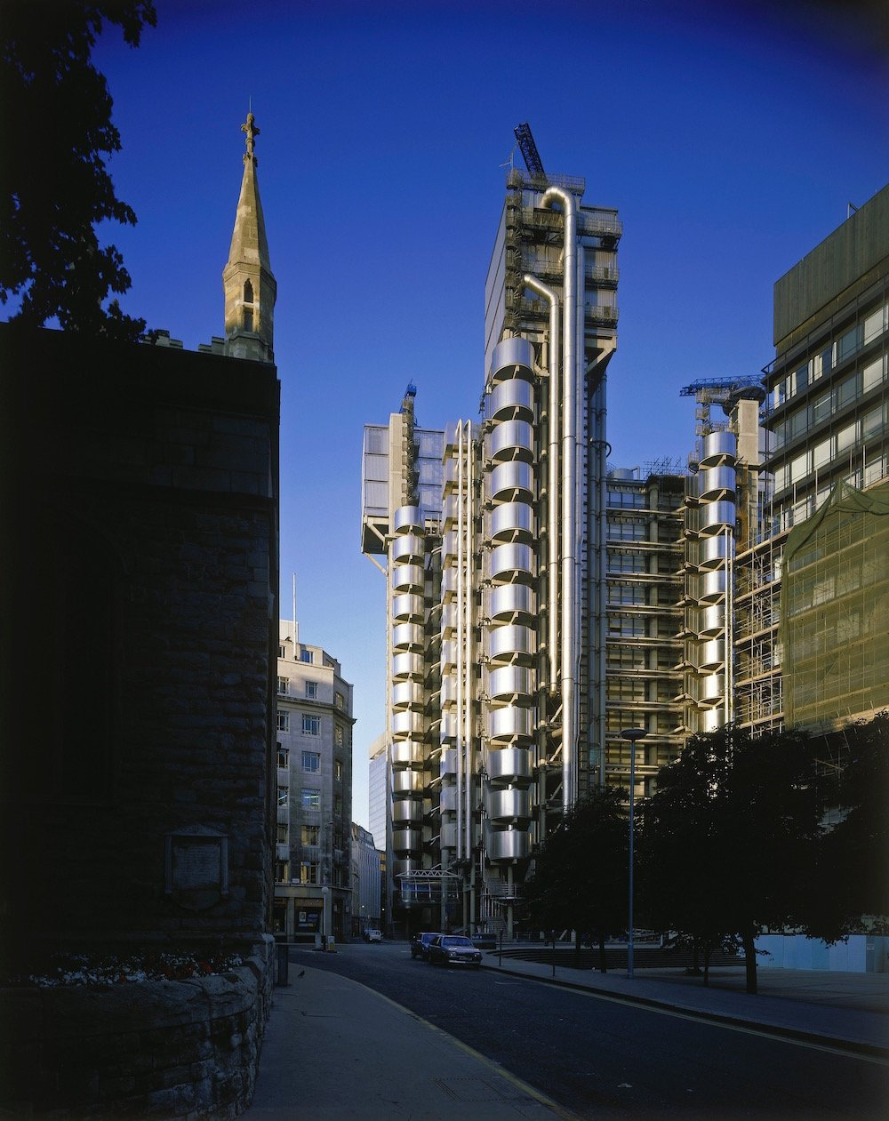 Lloyd's of London, with the steeple of St Andrew Undershaft to the left, photographer Richard Bryant © Arcaid Images