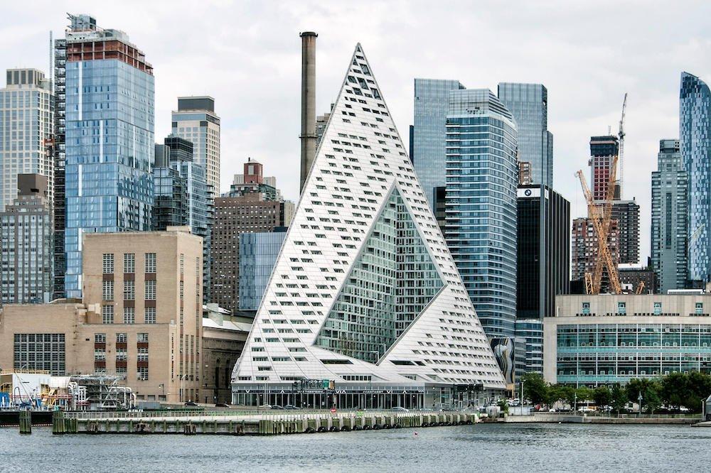 Via 57 West in Manhattan by BIG© imageBROKER/Alamy Stock Photo
