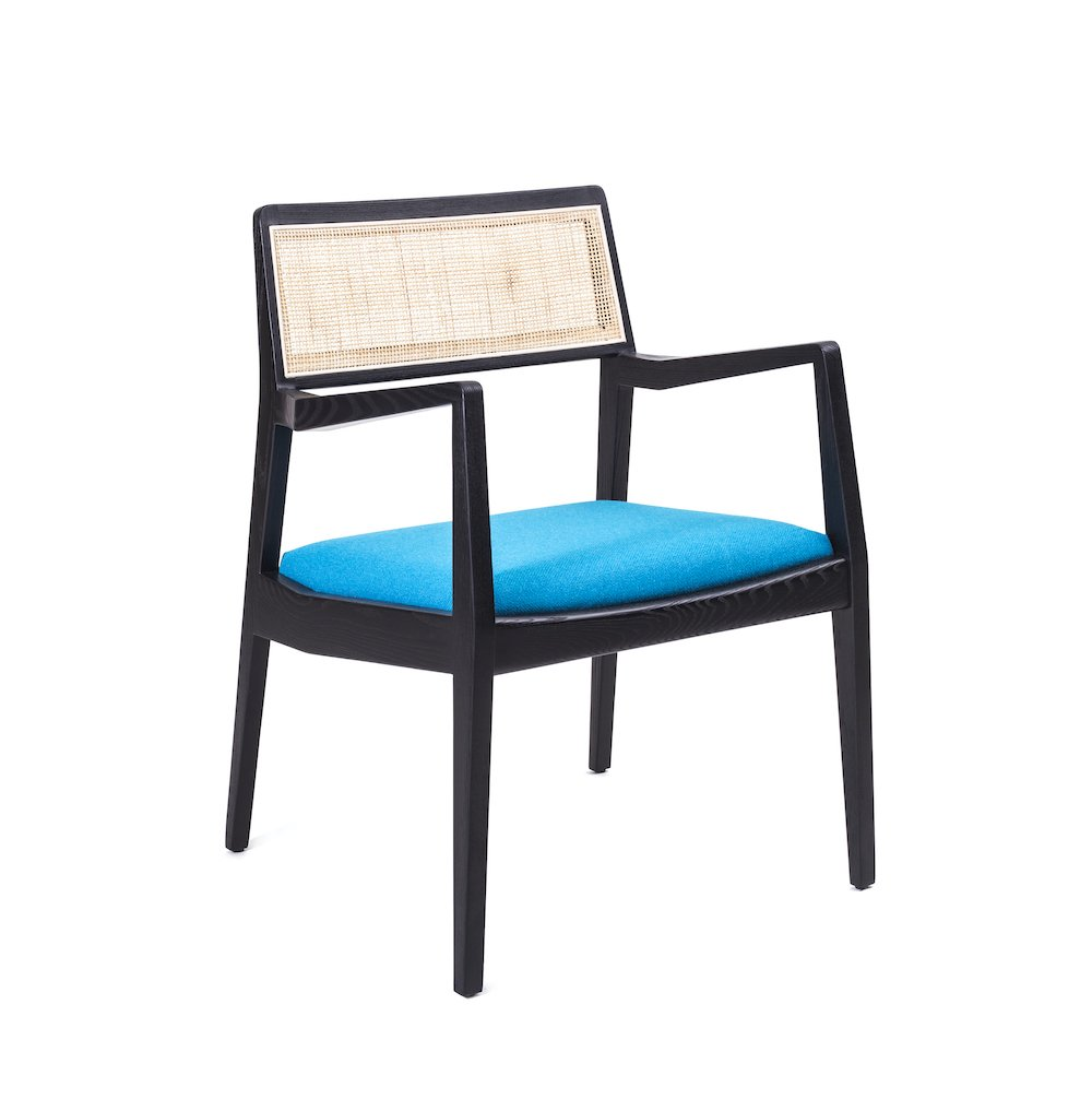 Stellar Works Risom C142 chair with Hallingdal 65 upholstery by Nanna Ditzel for Kvadrat
