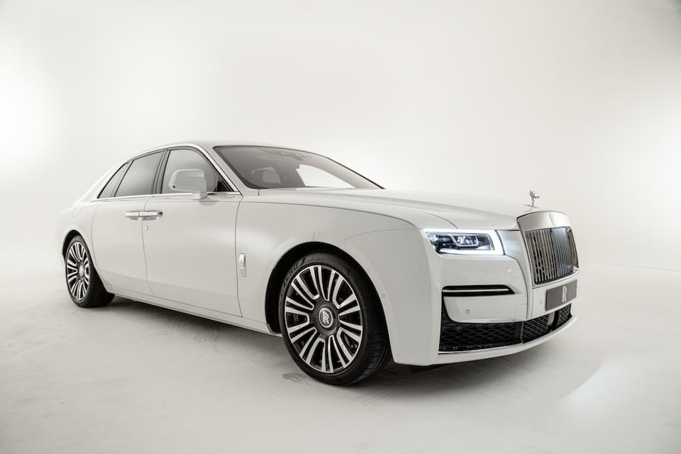 new Rolls-Royce Ghost © Leigh Banks